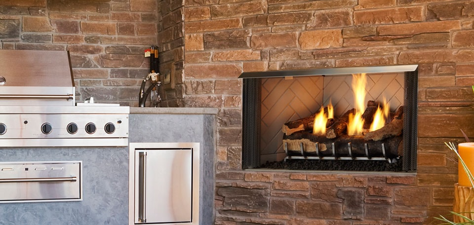 Outdoor Lifestyles Villa Gas Fireplace   Compact Outdoor Fireplaces